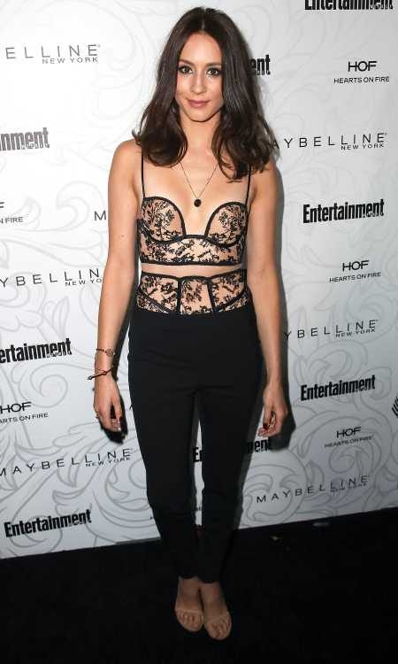 Troian Bellisario Height