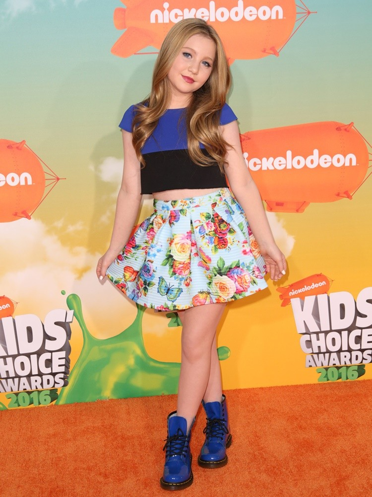 Ella Anderson height weight