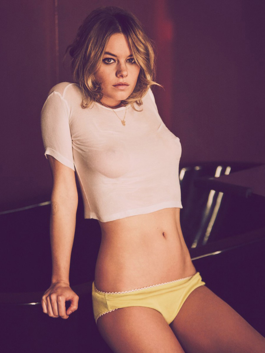 Camille Rowe height weight