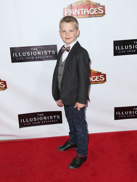 Iain Armitage height weight