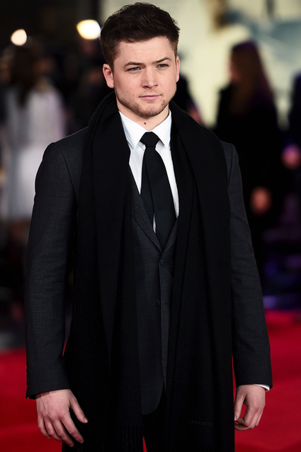 Taron Egerton height weight