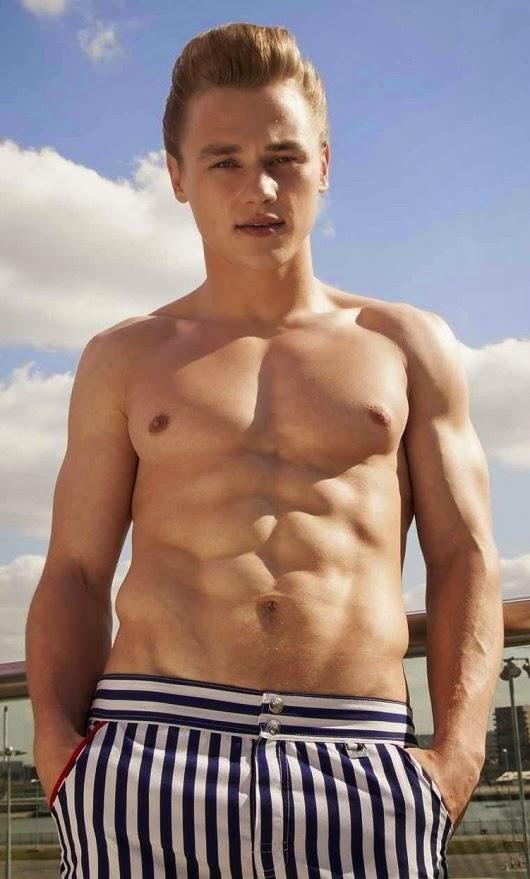Ben Hardy height weight
